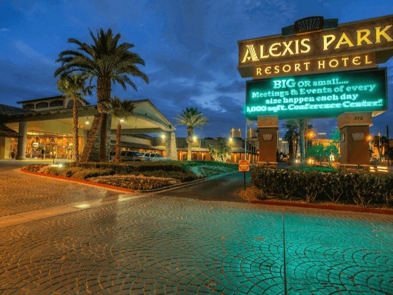 pet-friendly-hotel-in-las-vegas